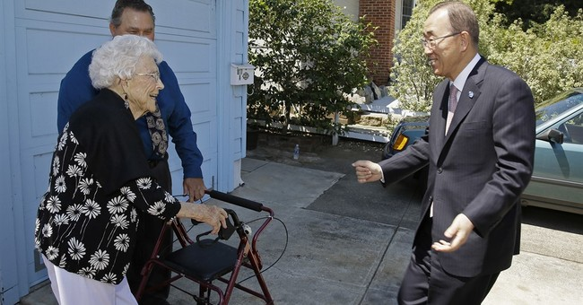 UN chief hugs 99-year-old woman he calls his 'American Mom'