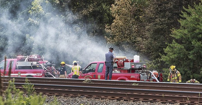 The Latest: 6 people killed in plane crash, police say