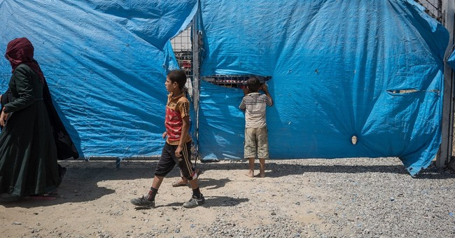 UN: 100,000 displaced as Iraqi forces poise for Mosul battle