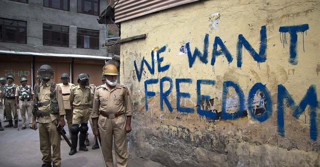 Anti-India protests persist despite strict curfew in Kashmir