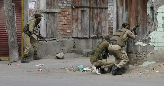 1 Indian soldier, 4 rebels killed in gunbattles in Kashmir