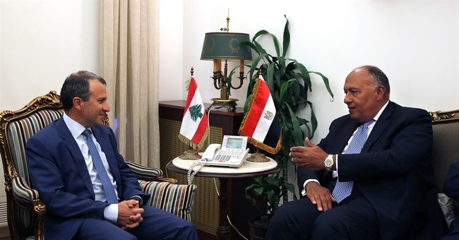 Egypt FM: We want to help Lebanese politicians reconcile