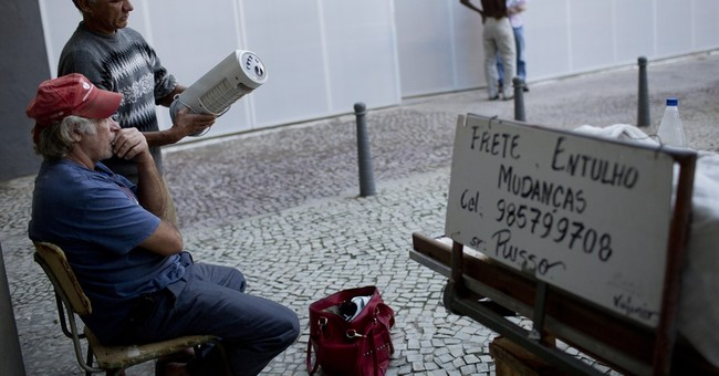Renowned chef feeds Rio's homeless with excess Olympic food