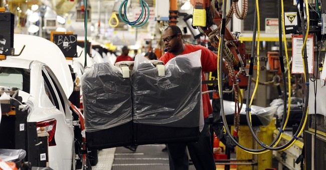 US factory output jumps 0.5 percent for biggest gain in year