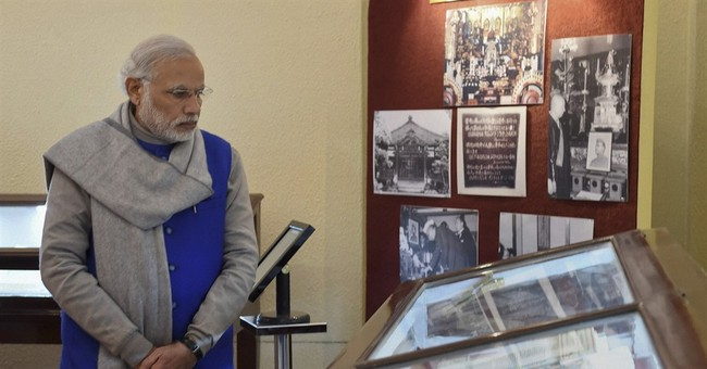 India declassifies files on death of independence leader