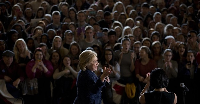 AP PHOTOS: The 2016 race heats up ahead of early voting