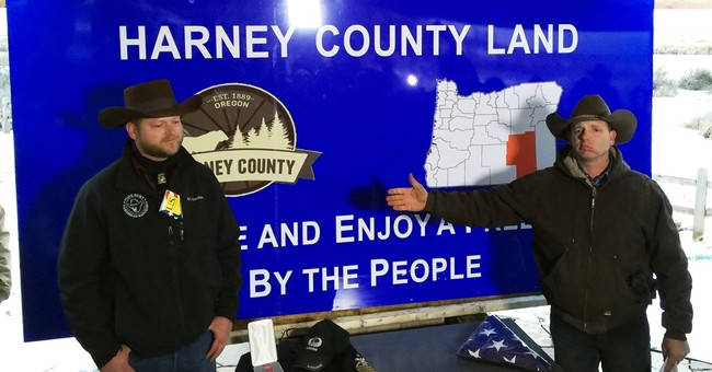 1 rancher renounces federal grazing contract at Bundy event