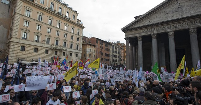 Italians protest to urge govt to grant gay civil unions