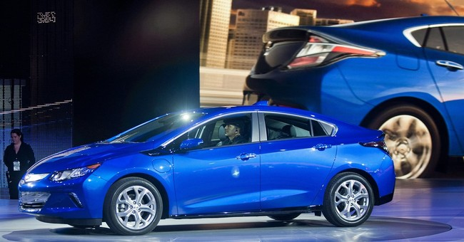 2016 Chevy Volt plugs into a quicker, quieter ride