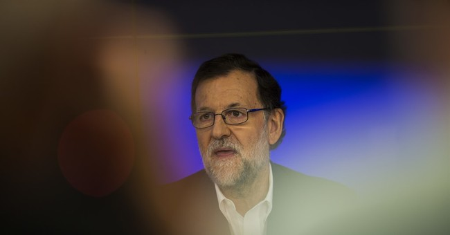 Spanish PM to aim for deal with small party to form gov't