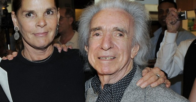 Arthur Hiller, versatile director of  'Love Story,' dies