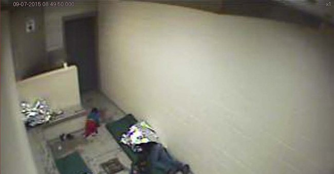 Images show crowded, dirty Border Patrol cells in Arizona