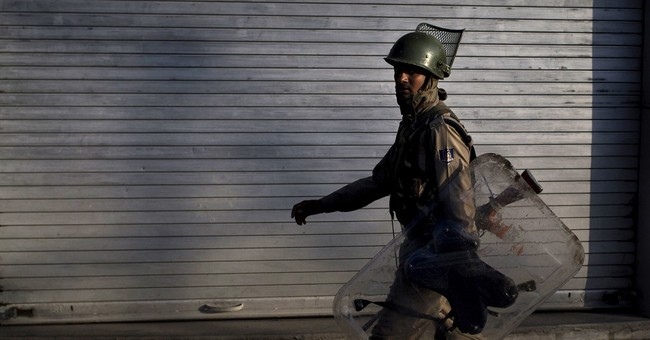 Indian forces block roads in Kashmir to stop protest march