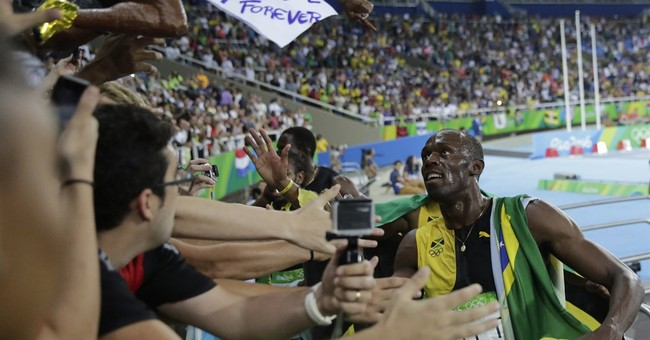 Anchor leg: Bolt gets gold No. 9 with another runaway win
