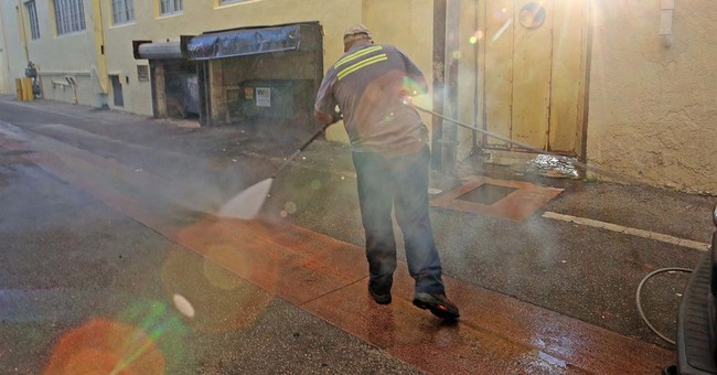 Officials: Zika found in South Beach; spraying not practical