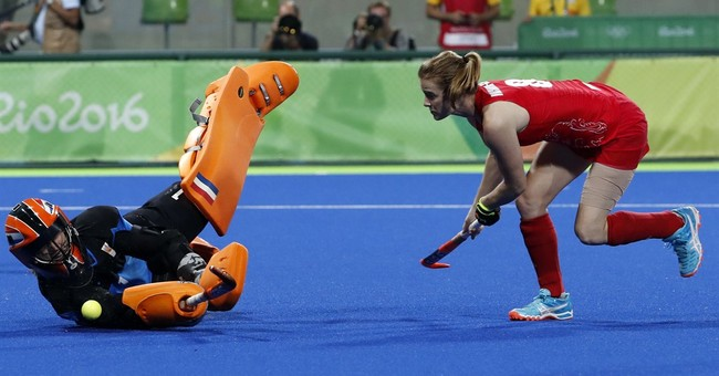 Britain tops Netherlands, wins 1st women's field hockey gold