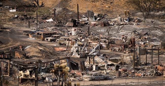 Thousands who fled California wildfire allowed to return