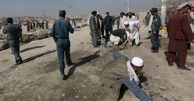 Afghan officials: Taliban seize district in Kunduz province