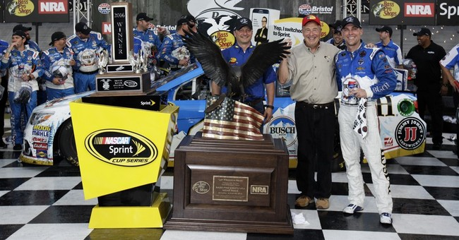 Kevin Harvick wins rain-delayed NASCAR race at Bristol