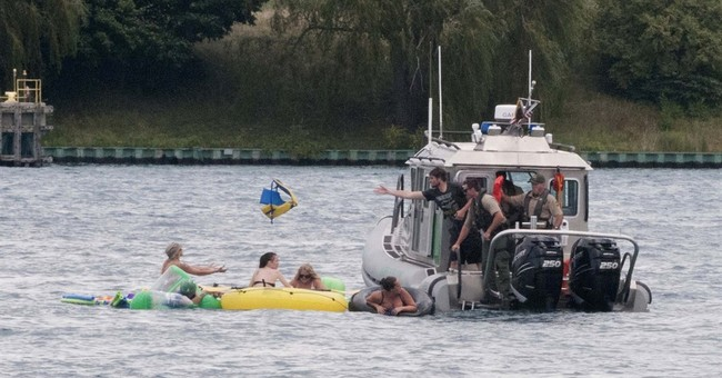 Uh, Oh, Canada: 1,500 people on rafts returned to Michigan