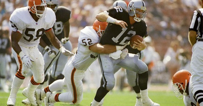 Ex-USC and Raiders QB Marinovich arrested naked with drugs