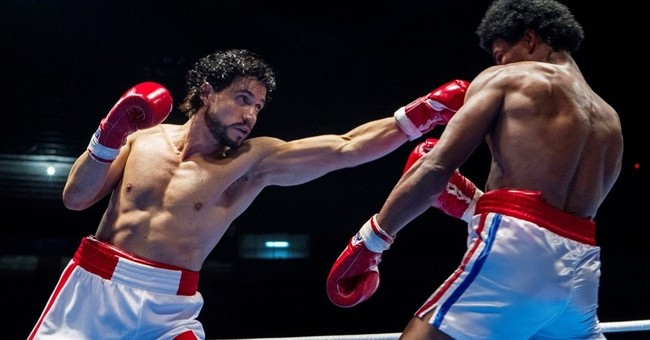 Review: De Niro, Ramirez enter the ring in 'Hands of Stone'