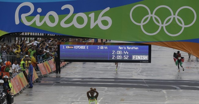 Ethiopia says protesting marathoner to be welcomed as hero