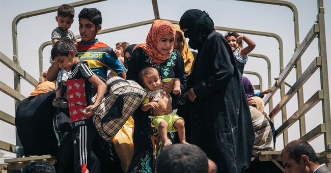 IS struggles to retain grip as it loses ground in Iraq