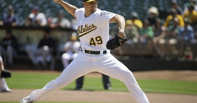 Graveman earns 10th win, Athletics take series from Indians