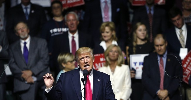Trump, aiming to widen support, makes pitch to Hispanics