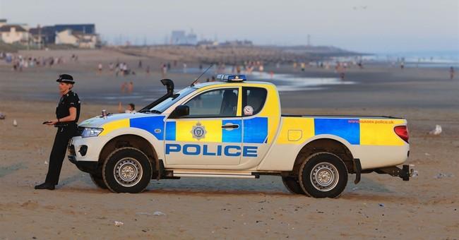 5 men drown off British beach without lifeguard