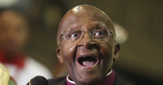 South African Archbishop Desmond Tutu back in hospital
