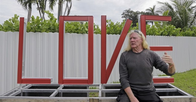 A Miami 'cocaine cowboy' finds redemption with love locks
