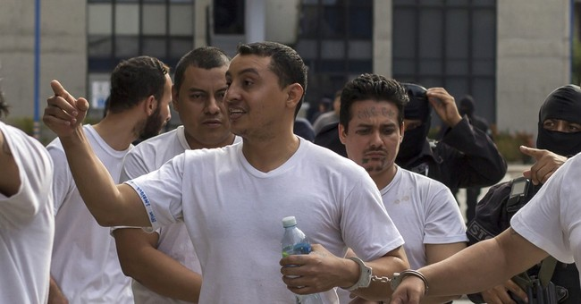 In El Salvador, 'gang pastor' alleged to be crime financier