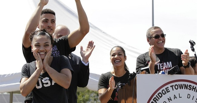 Olympic champions Raisman, Hernandez  feted by hometowns