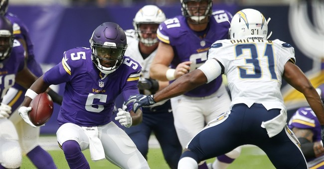 Vikings: QB Bridgewater has dislocated knee, torn ACL