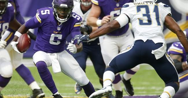 Vikings: QB Bridgewater has dislocated knee, torn ACL