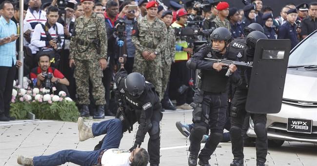Malaysia detains 3 suspected militants, foils attacks