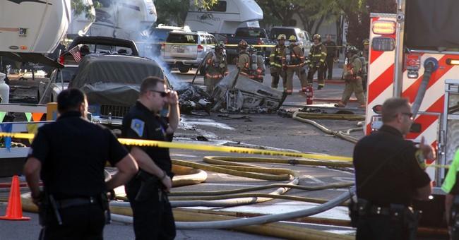 2 dead in plane crash at Nevada RV park near airport