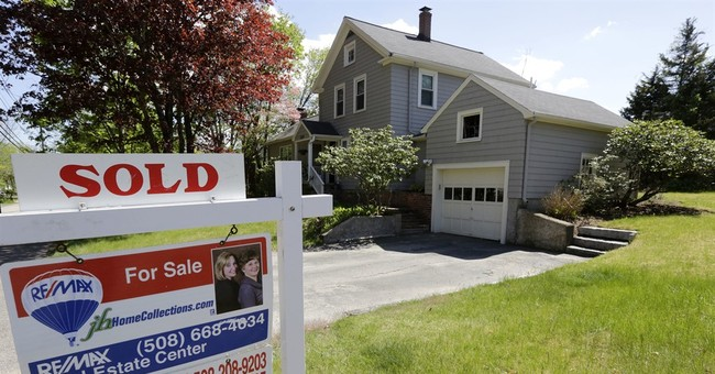 Pending US home sales strengthened in July