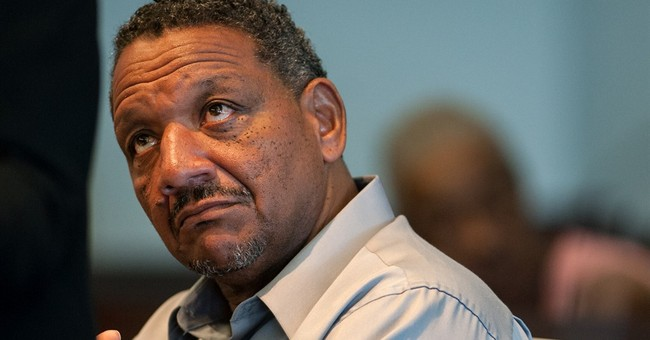 Man freed after 1995 double-murder conviction tossed