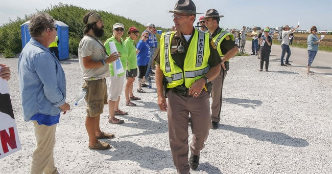 Oil pipeline protesters disrupt construction sites