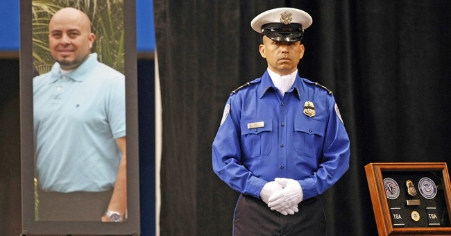 LA airport gunman to plead guilty in TSA officer slaying