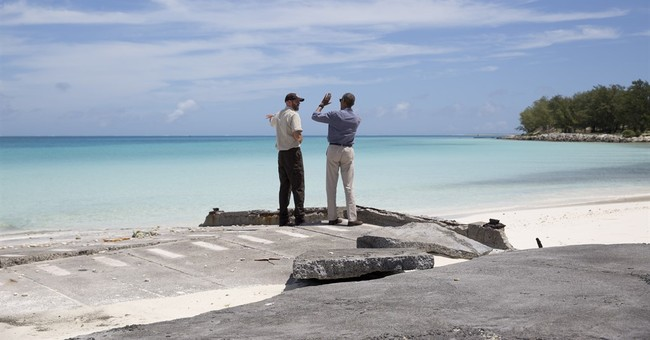 Obama warns against global warming's impact on Pacific atoll
