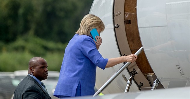 Charity watchdog gives Clinton Foundation high marks