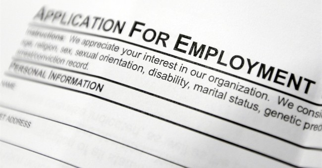 Weekly requests for US jobless aid rise but still near lows