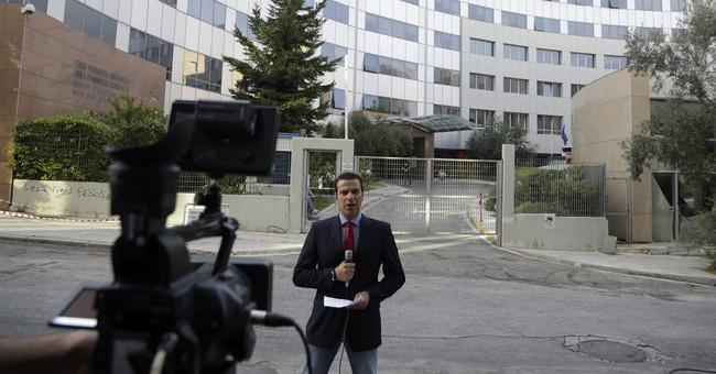 In shakeup, most Greek TV stations set to lose licenses