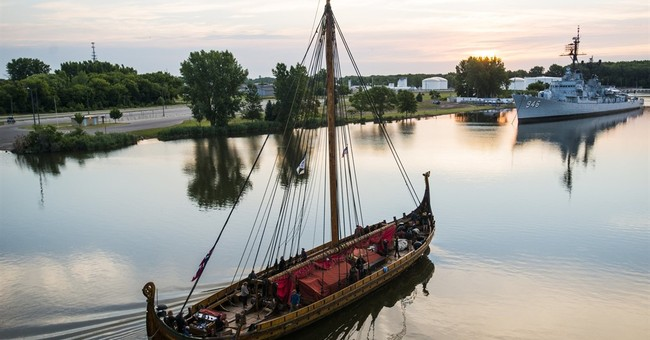 Viking ship heading down Erie Canal, to reach NYC Thursday