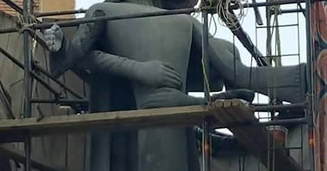 Sculpture honoring fallen soldiers scandalizes Egyptians