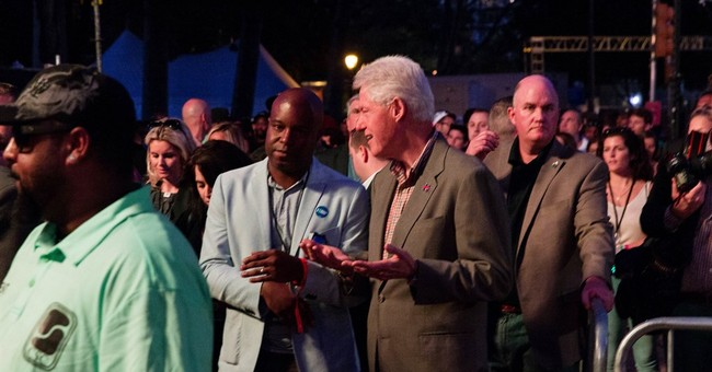 Bill Clinton stops by Philly's Made in America festival